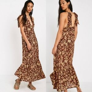 Faithfull the Brand Opatija Floral Midi Dress